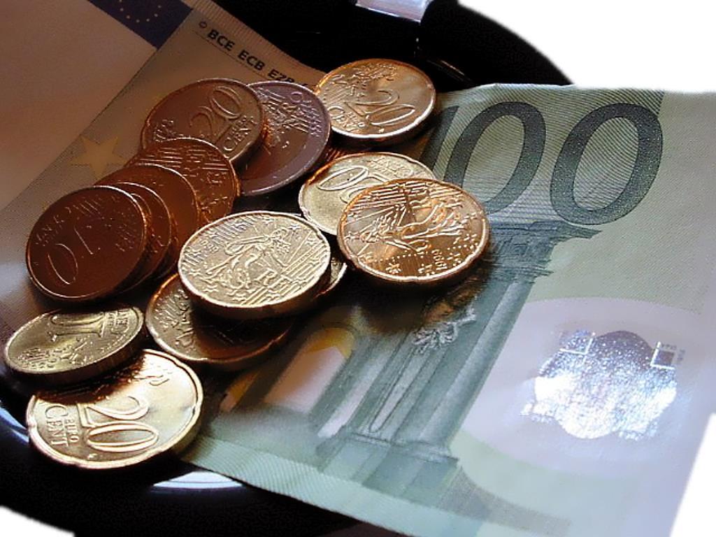 Limite alla circolazione del contante:  novità della Legge di Stabilità 2016